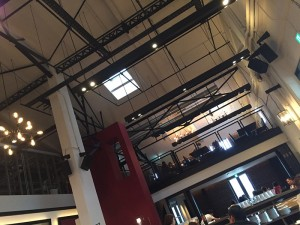 (2)TERRADAの展開するレストランにて。空間の演出を体感する
