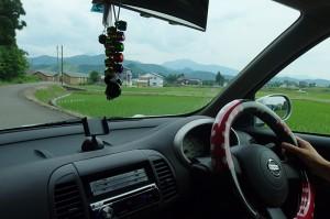 05_日本一の米どころでのフィールドワーク・協力者の方の車に同乗して